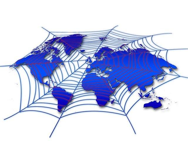 Umberto Eco, gli imbecilli in rete e qualche libera riflessione