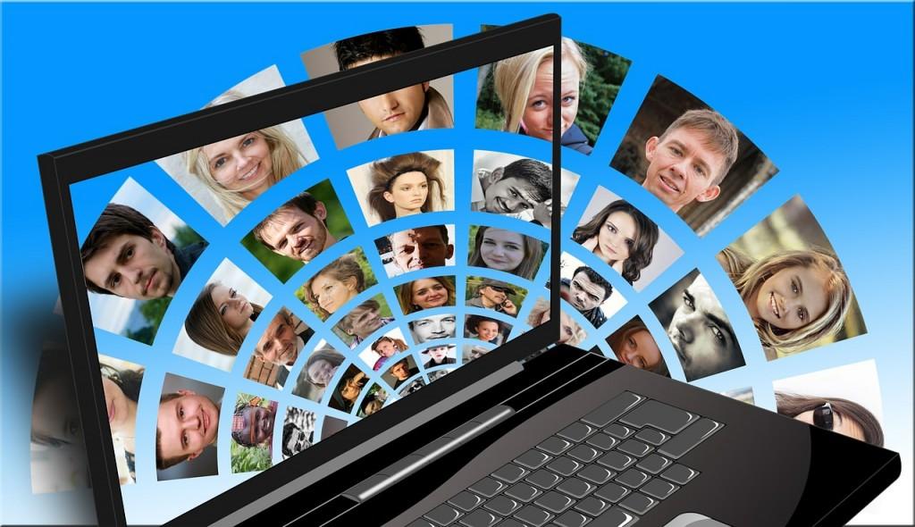 L'umanità al tempo dei social media